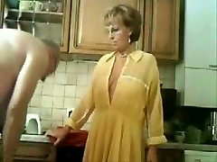 Varastatud video minu vanemad köögis