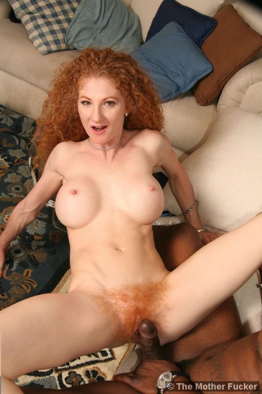 Hairy Milf Dildo Squirt