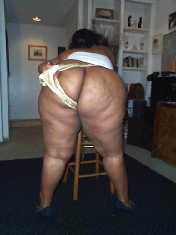 avril lavigne sex photos legs spread