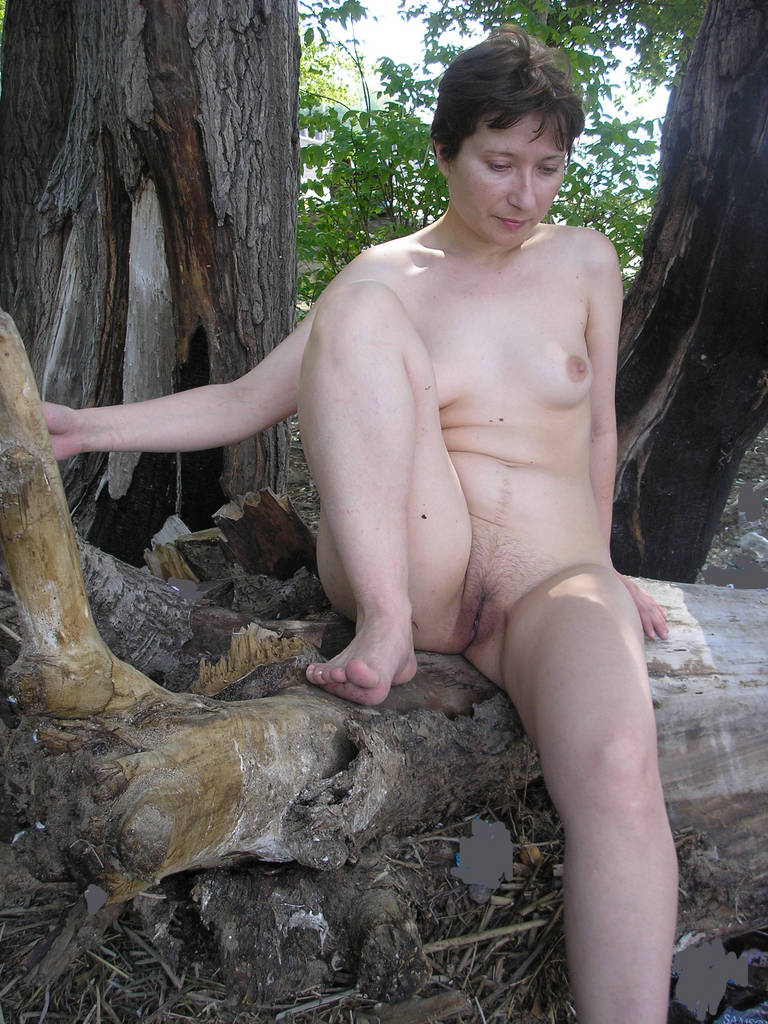 Wife gallery my naked Naked Amateur