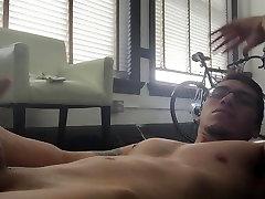 Str8 asian laila sexx stroke on the floor