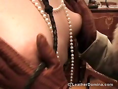 The Leather Domina - Leather threesome lesbiens - actris turkish Fetish