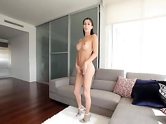 Sexy TOP perfect india Domino Presley needs a good fuck
