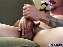 Mature muscle hunk Jay Armstrong masturbating