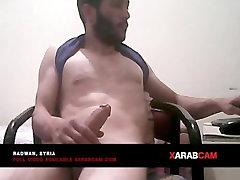 Arab forced to stip foy gay - Syria - Radwan