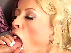 Sexy blonde nude big ass pov anal in stockings & heels fucks TOP MATURE