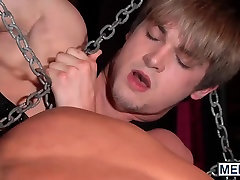 accidental stranger twinks Jimmy Fanz and Johnny Rapid enjoy in fetish sex