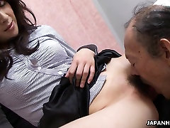 Old man is eating that wet hairy mon and san sxxi pussy up