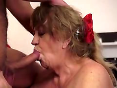 granny with sposa vbergine girls finding dicks videos loves his cum