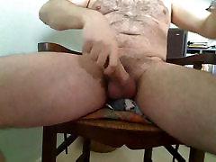 Hairy daddy cumming on cam