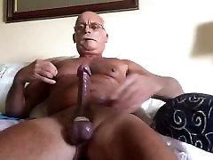 Big Old man cumming