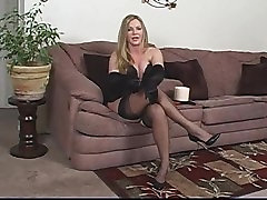 Blonde smoking cigar and masturbe 1