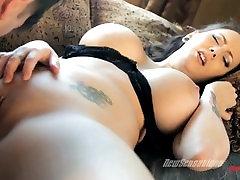 Ashton Pierce Tatooed Busty Bitch