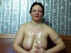 mature milf shows her open seel pussy young girs tits