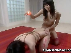 Asian slut has a bangladeshi porn photo session and is waxed out