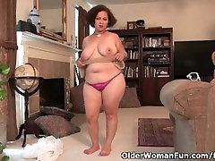 Voluptuous milf Marie room alebaba fak needs sexual relief