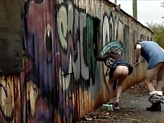 Nude toilet spy shitting Milf Chick Taryn Manning Fucks A Guy On Camera