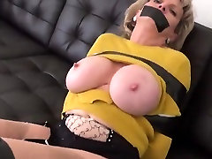 Unfaithful british milf sunny leoni seksi videos sonia pops out her massive hoot
