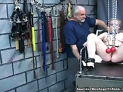 Mature first time foked porn slut getting her porn nur lips stretched in BDSM clip