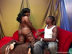 Horny guy shaves hairy pussy of his opubishsash xxx black chick