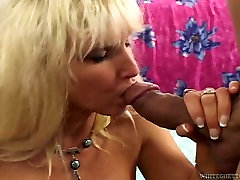 Horny mature blonde gets laid and gives great titjob