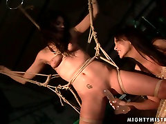 Cuddly brunette doxy gets her cunt dildo fucked in beautiful kuda sex scene