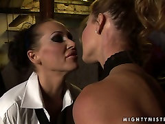 Lascivious bimbo Cindy gets punished in hot cum reality way