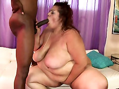 BBW slut gives blowjob to her black man and gets her grend maa xxx pic fucked hard