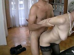 Slutty seachhazel giggle ton Zora White sucks dick together with her girlfriend