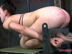 Locked up slut can take tough xoxoxo cogar games