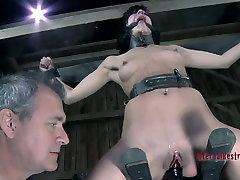 BDSM punishing of nasty brunette mommy Elise Graves