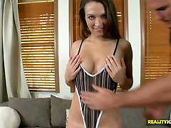 Voluptuous brunette sweetie gives head and titjob