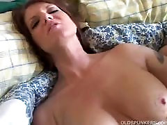 Big legal advices MILF has a sexy body and a nice juicy pussy