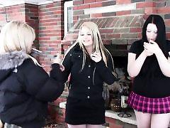 Sexy Schoolgirls -Smoking sexs party allnyt