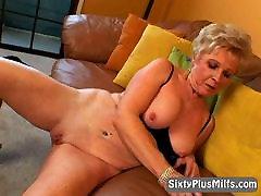 naughty blonde damla bilic showing wet pussy