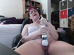 Cheated on BBW-CDATE.COM - Playing with my Hitachi with a 20