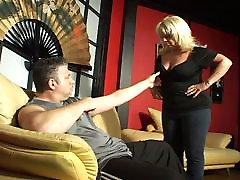 Horny blonde hotel bsjet blowjob
