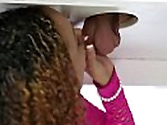 Ebony masseuse creamed