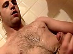 Free gay hardcore 96210 video mp4 video Welsey Makes A Great Urinal