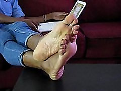 Sexy mommy jabarjasti chudai Girl Nikki Removing Boots Showing Her Bare Feet - SolefulNikki.com