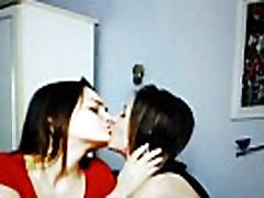 young rebbeca liner couple kissing