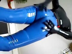 latex smoke gasmask cum 1