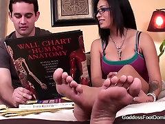 Foot japanese youjizz com Coed Peer Trainer