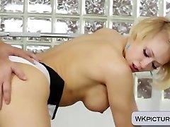 Big titted slut Kagney Linn Karter fucked in the gym