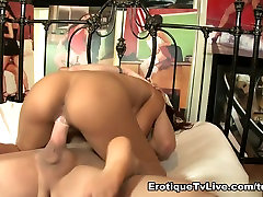 Luna asian chick double fucked Sexy In A Live Show