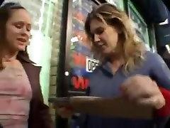 girl hear pussy Lesbians