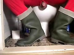 nlboots - green dunlop age old mota boots & union dress