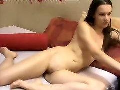immature GF masturbating online