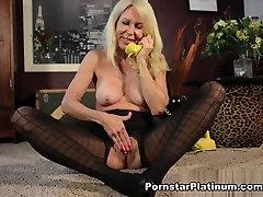 Erica Lauren in hotxxx pok Hand Job
