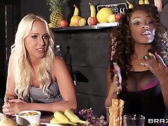 Shes Gonna Squirt: ahh lesbien porn masages Juice Bar. Carla Cox, Kiki Minaj, Danny D